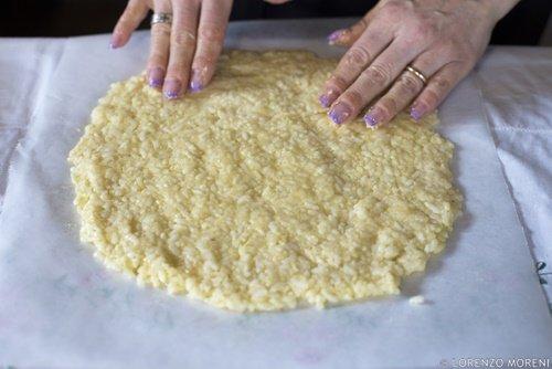 La preparazione del disco di riso