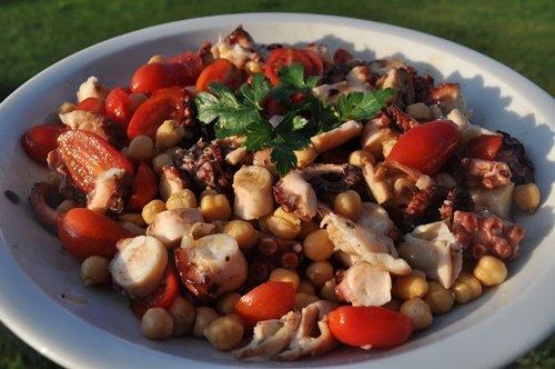 Insalata-di-polpo-e-ceci-al-balsamico-blog-uno-chef-per-gaia
