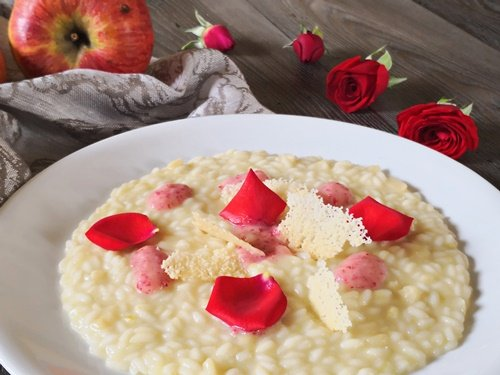 risotto-sedano-rapa-maionese-alle-mele-e-rose-uno-chef-per-gaia